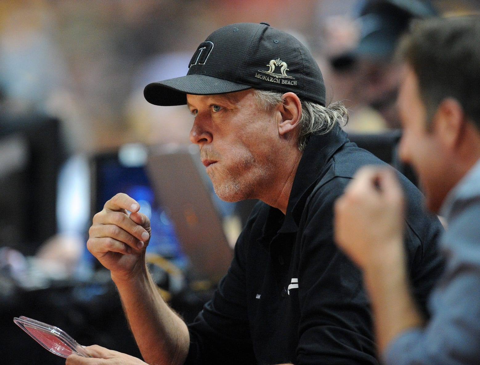 Lakers Executive Vp Jim Buss Responds To Magic Johnson's Criticism