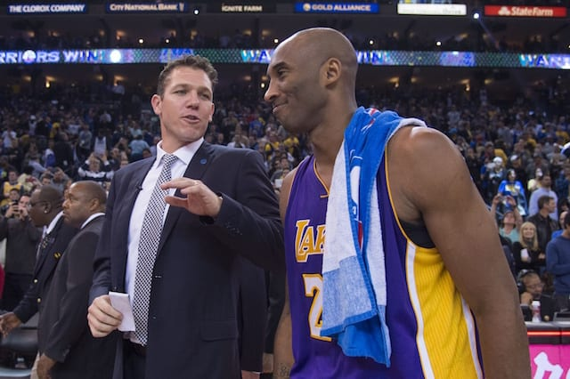 Kobe Bryant Wants Steve Kerr To Win Coach Of The Year Over Luke Walton