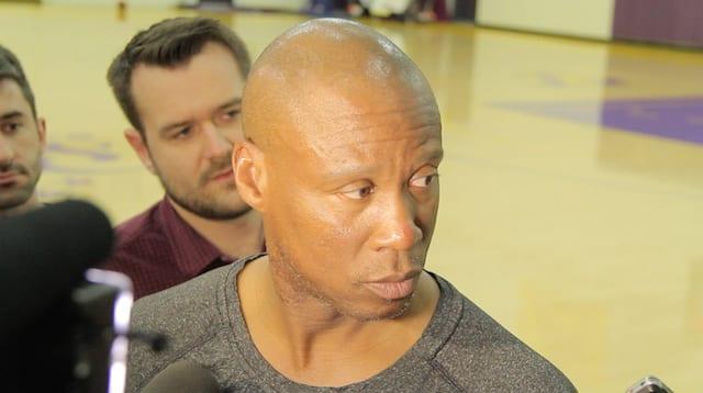 Lakers News: Byron Scott On His Conversation With Mitch Kupchak