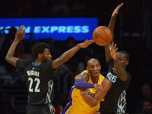 Game Recap: Kobe Bryant's 38 Points Helps Lakers End 10-game Losing Streak
