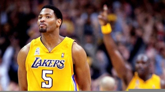 Former Laker Robert Horry Says Hakeem Olajuwon Was The 'best' Center He Ever Played With