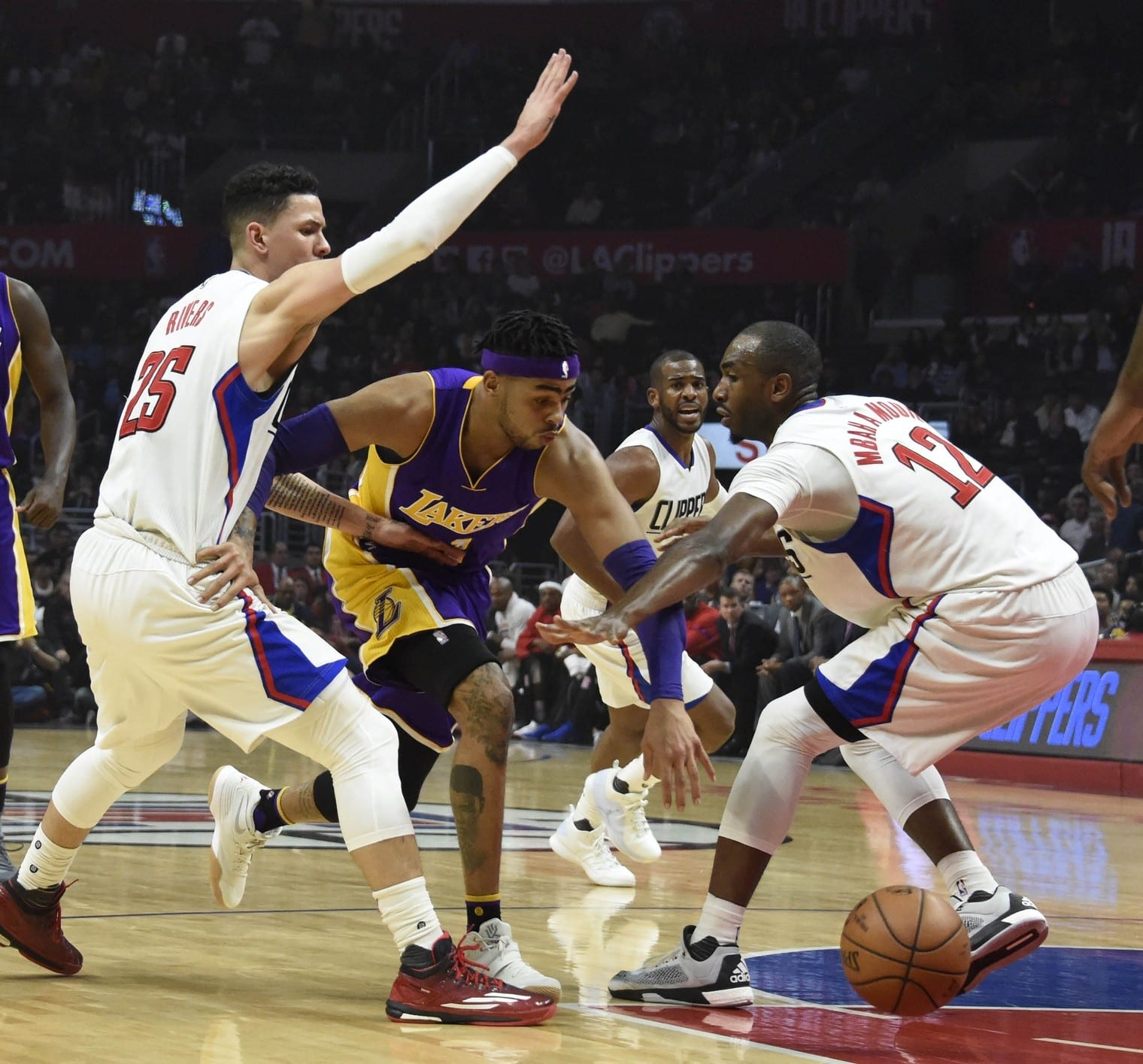 Lakers Vs. Clippers Preview: Young Core Looks To Build Off