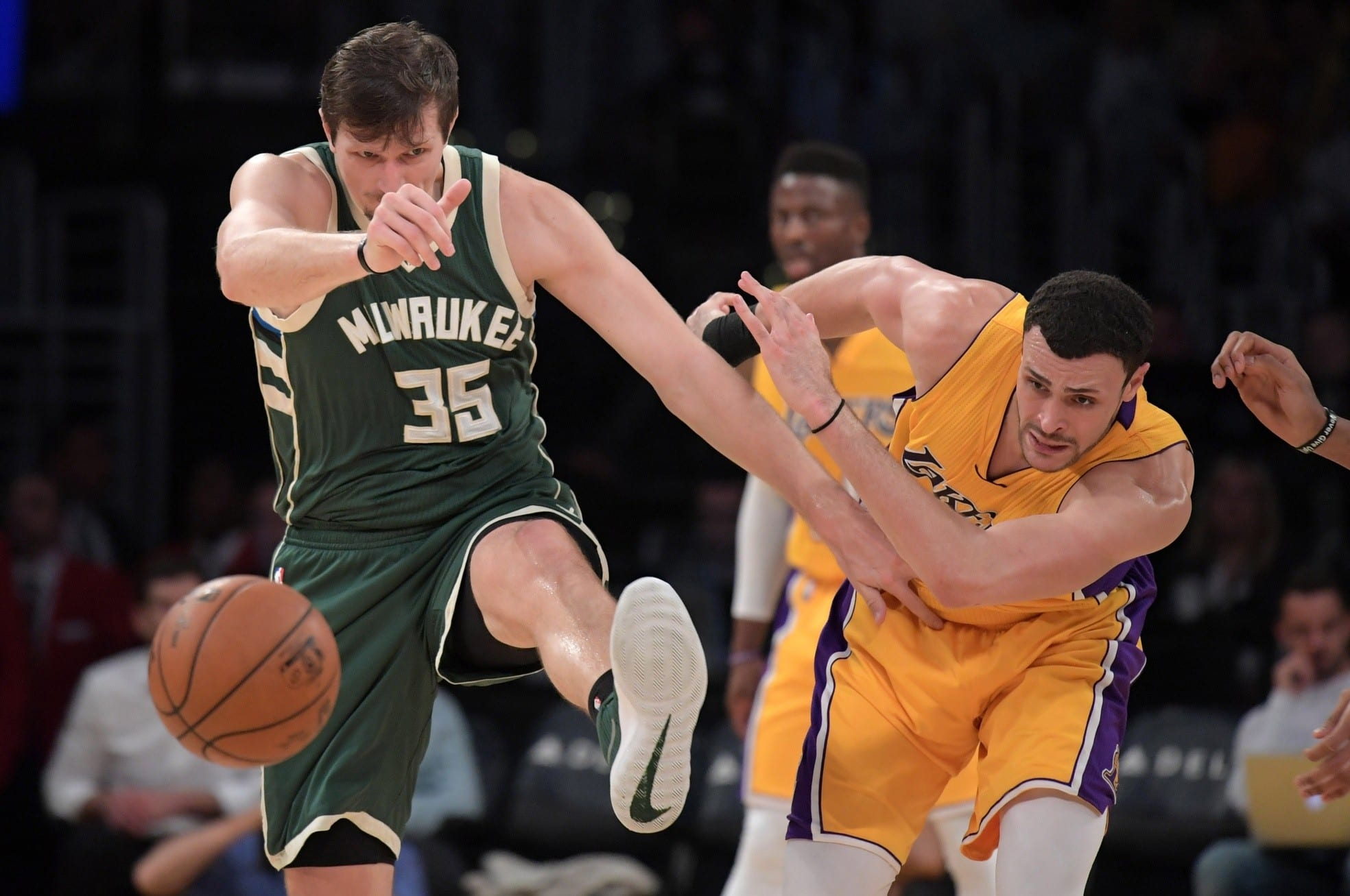 Three Takeaways From The Lakers Close Loss To The Bucks