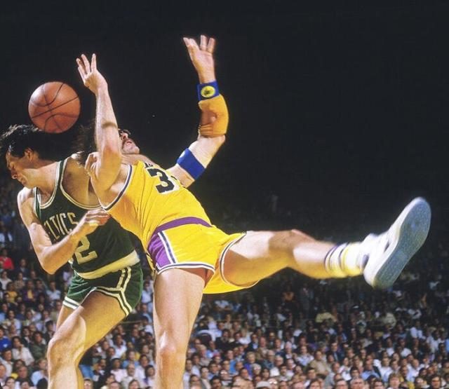 Kareem Abdul-jabbar, Byron Scott Point To Kevin Mchale's Clothesline As Reason Lakers Lost 1984 Nba Finals