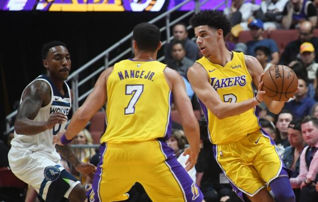 Lakers News: Luke Walton Wants Lonzo Ball To Be More Aggressive
