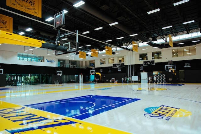 Lakers-training-camp-day-3-facility-640x427
