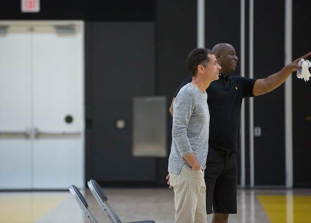 Lakers-practice-magic-johnson-rob-pelinka-6299