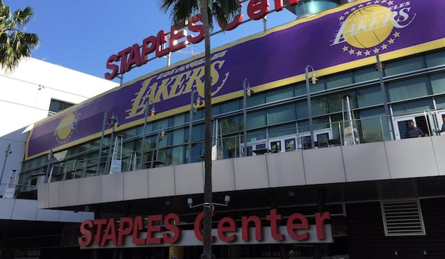 Best Places To Watch Lakers Games