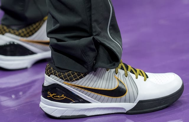new style 12b92 a6c4b Lakers Video Isaiah Thomas Blows Out Sole From Nike Zoom Kobe IV, Switches  To Kobe A.D. Mid
