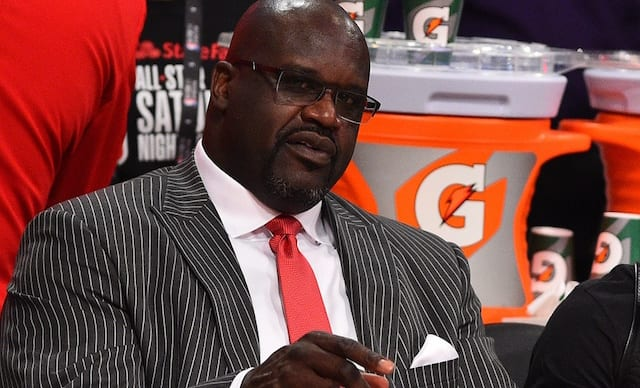 lakers rumors shaquille o 39 neal to open restaurant at l a. Black Bedroom Furniture Sets. Home Design Ideas