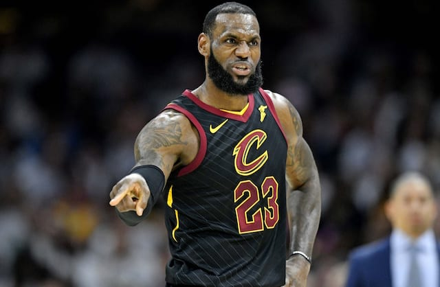 Lakers sign LeBron James, is trade for Kawhi Leonard next?