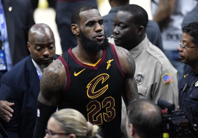 ca20156f58d NBA Rumors  LeBron James Has No Plans To Meet In Person With Cavs When Free  Agency Begins