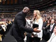 Jeanie Buss, Magic Johnson