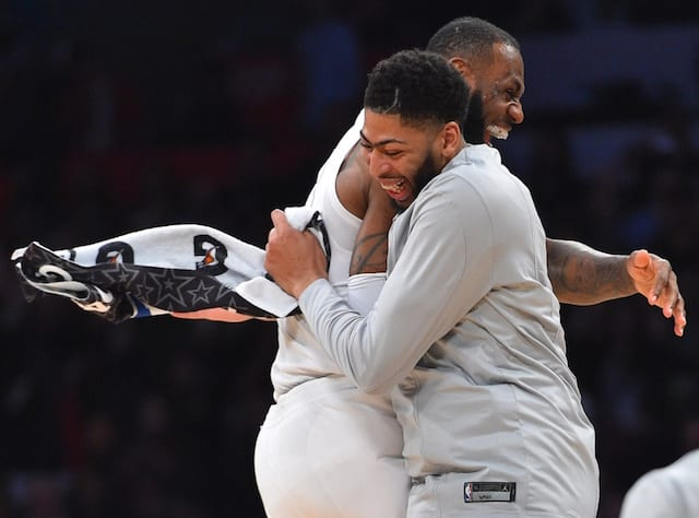 Anthony Davis Le Bron James
