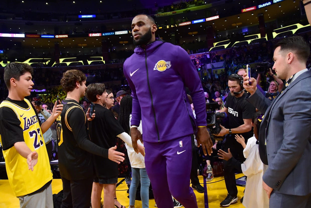 How the Houston Rockets spoiled LeBron's Lakers home debut
