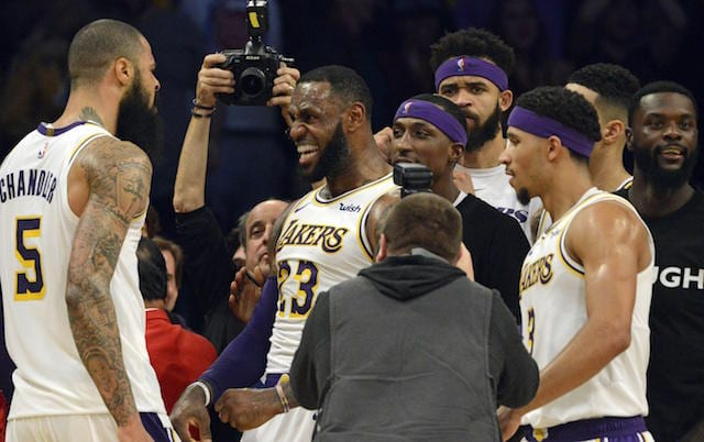 2a0907df0 Luke Walton Pleased With Lakers Improving Over Initial 10-Game Stretches