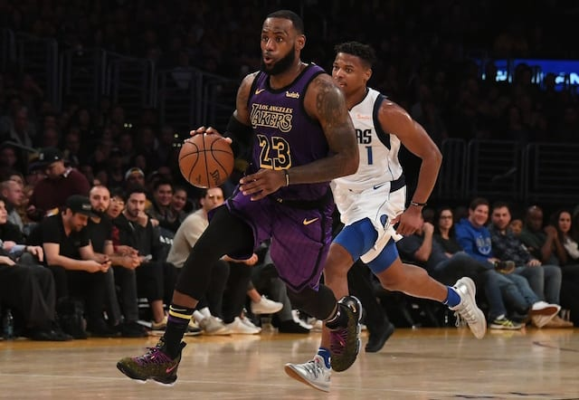 Lakers' Ball sprains ankle vs. Nuggets, plans to play in next game