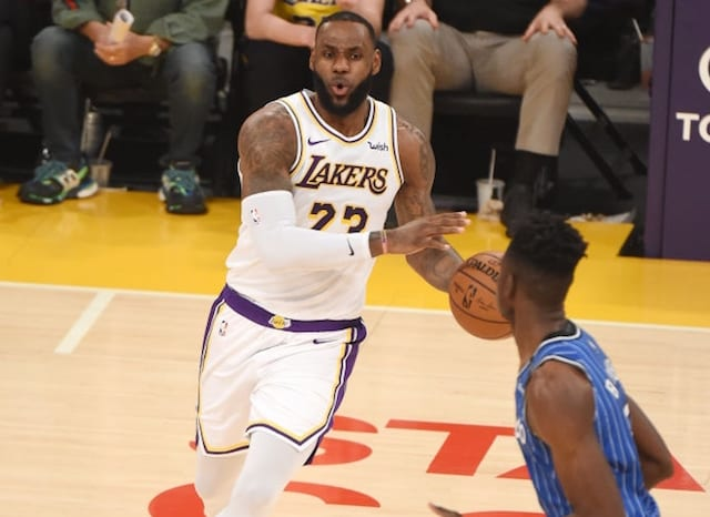 94400834b35 Lakers News  LeBron James Defends Decision To Pass Ball To Kentavious  Caldwell-Pope Instead Of Shooting