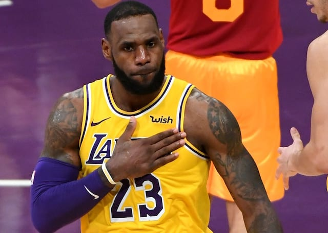 cc904f061aa Lakers News  After Kobe Bryant   Magic Johnson Issue Caution