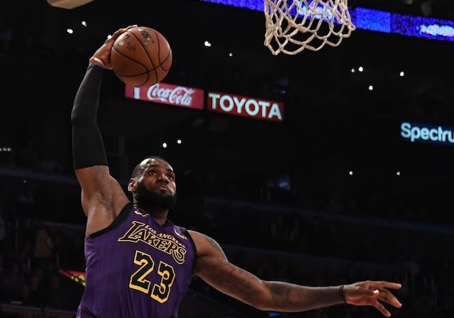 Los Angeles Lakers claim third straight win against Phoenix Suns