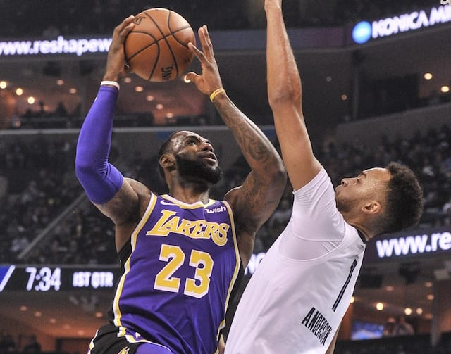 38f30b8f8ac4 ... Record For Most Points Scored In First 25 Games With Lakers. Justin  Ford-USA TODAY Sports