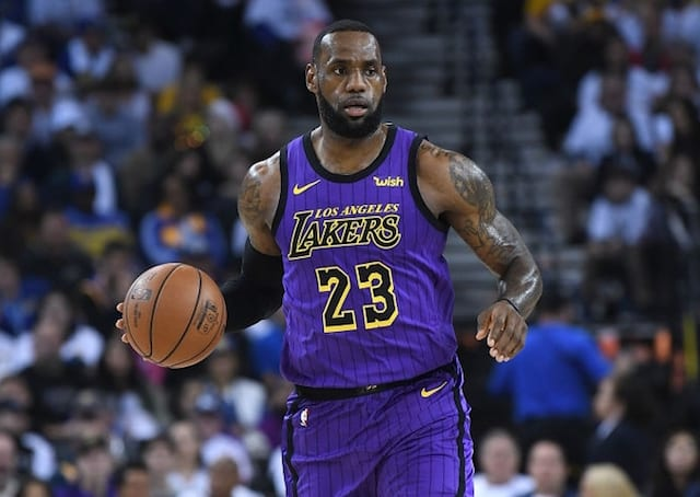 65901dec0a86 Lakers News  LeBron James Passes Kobe Bryant For Second-Most Assists On  Christmas Day