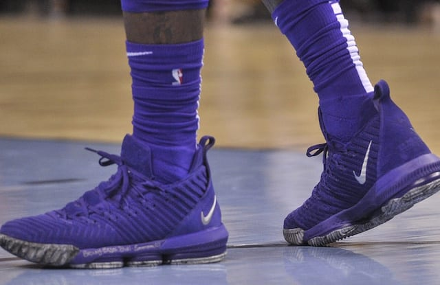 846ef0fa927a Lakers News  LeBron James Gifts Pair Of Game-Worn Nike LeBron 16 To  Grizzlies Employee