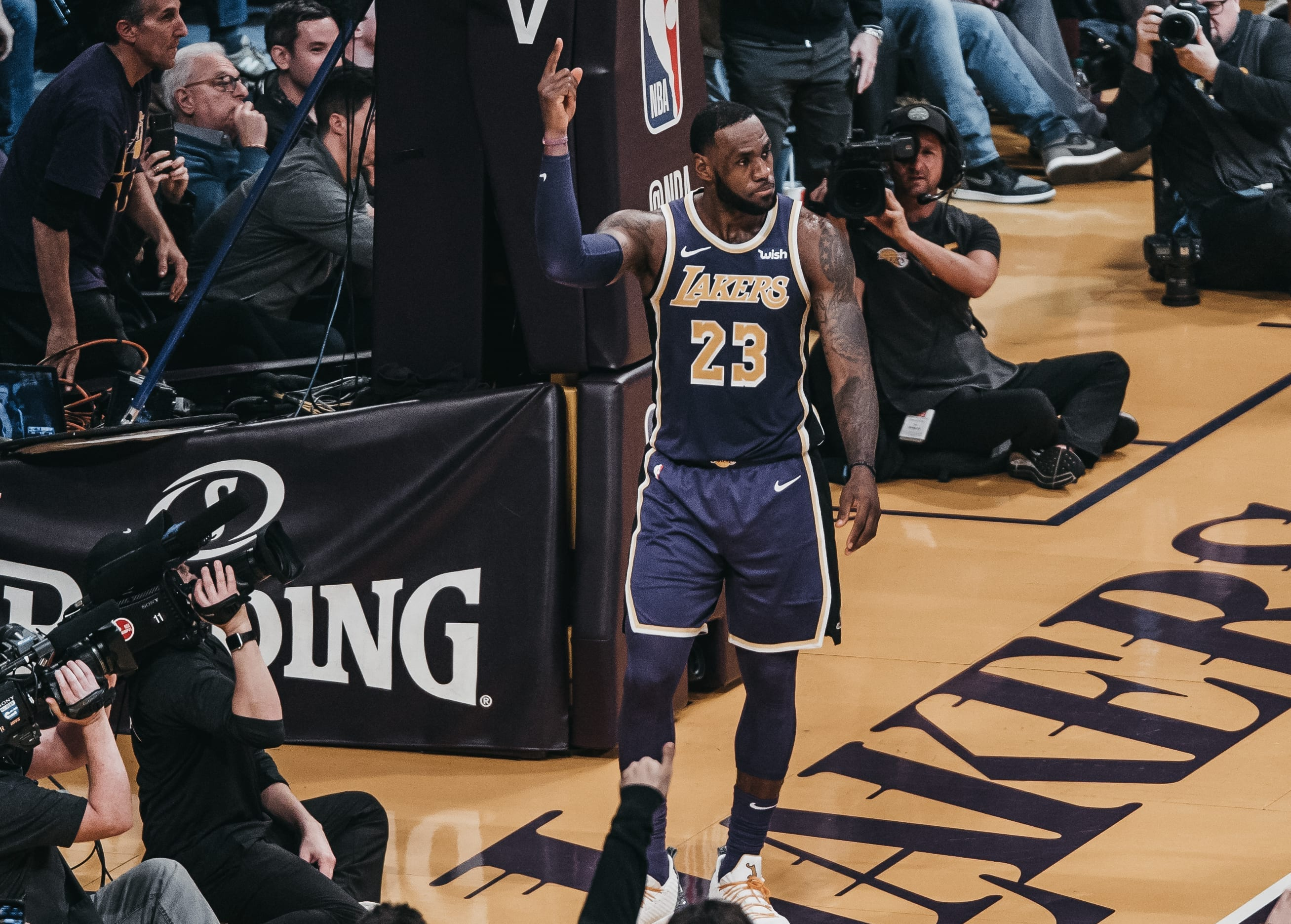 82c145044e5 LeBron James Moves Past Michael Jordan On NBA Scoring List In Lakers Loss  To Nuggets