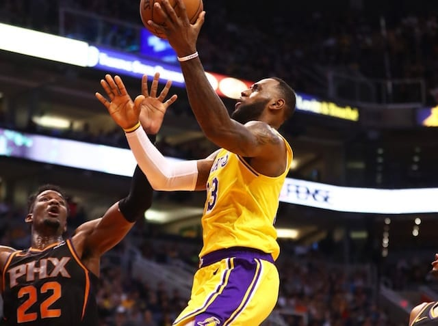LeBron James causes turnover by hitting backboard in loss vs Suns