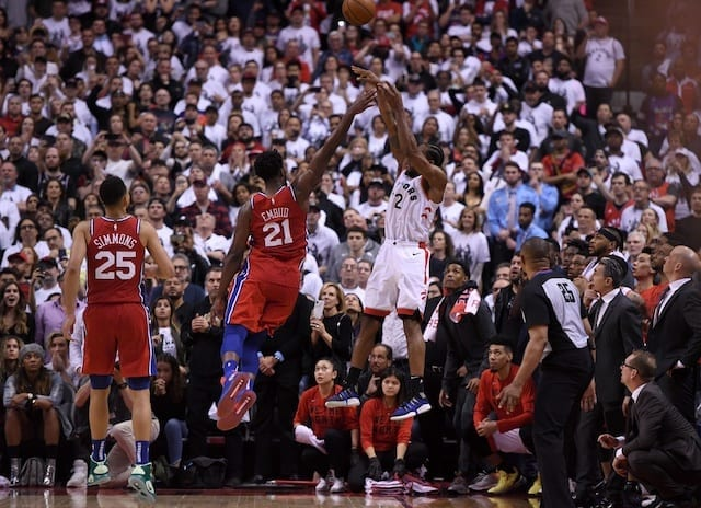 Giannis' Bucks rout Raptors for 2-0 series lead