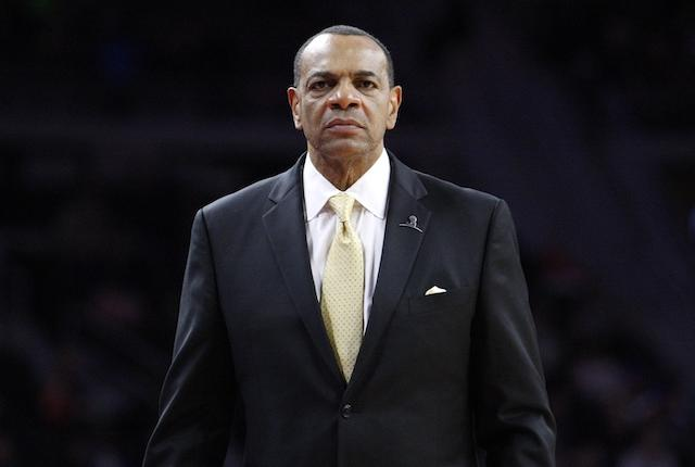 Lionel Hollins, Lakers