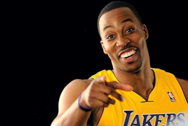Lakers Officially Sign Dwight Howard To One-year, Non-guaranteed Deal