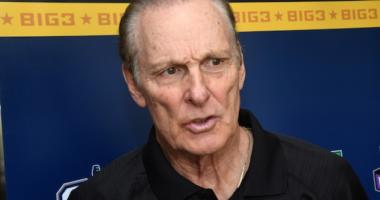 Lakers Podcast: Behind The Scenes Of L.a's Win Over Suns, Hall Of Famer Rick Barry Previews Warriors Matchup