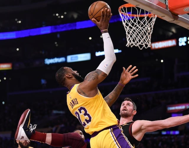 Lakers Overcome Slow Start Against Cavaliers To Win Ninth Straight Game