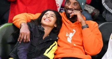 Kobe Bryant, Gianna Bryant watch the Los Angeles Lakers