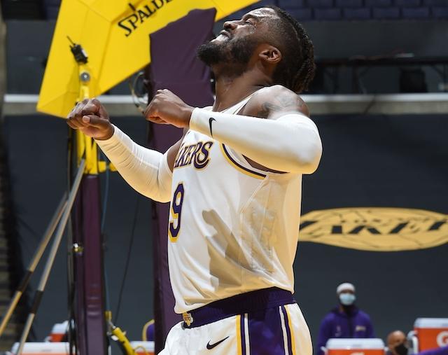 Wesley Matthews Adjusting To Fit Lakers' Defensive Schemes