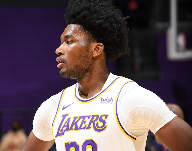NBA Rumors: Kings To Sign Former Lakers Center Damian Jones